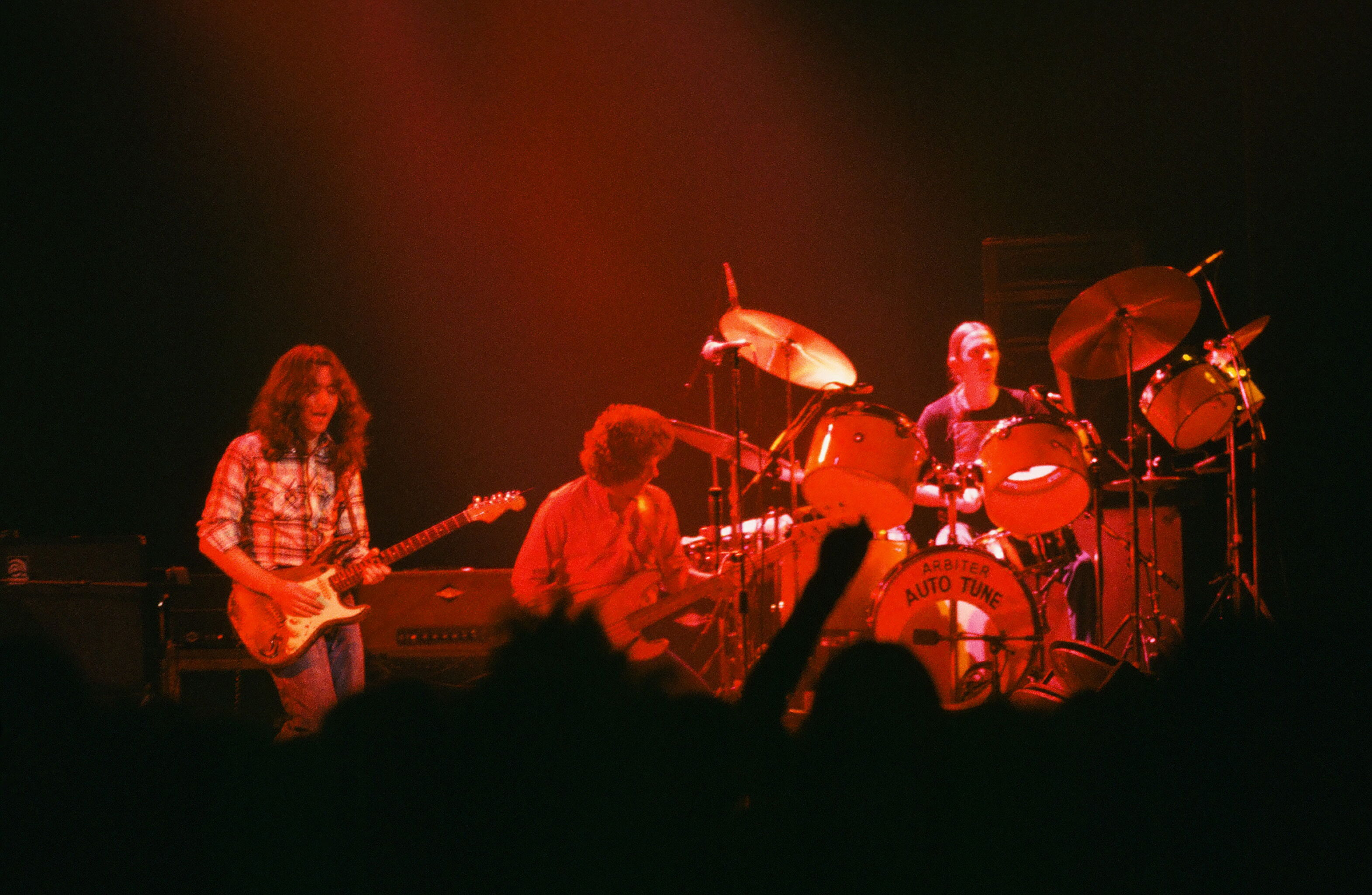 Rory Gallagher Band Mk 2 (1972-1978) - le quartette - Page 5 Rory-gallagher-c1979-manchester-1-by-steve-smith