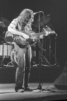 Rory Gallagher c1979 Manchester by Steve Smith (14)