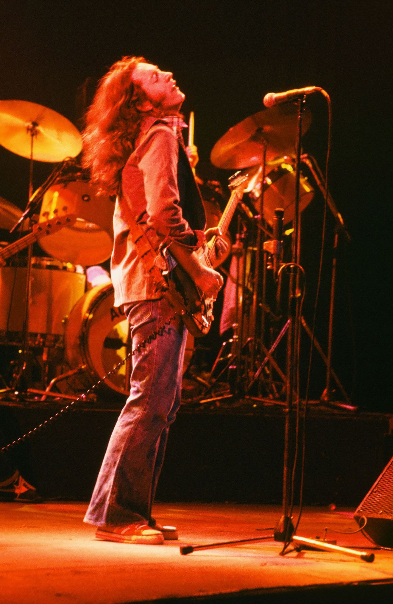 Photos en vrac - Page 30 Rory-gallagher-c1979-manchester-by-steve-smith-18