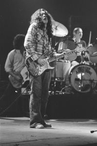 Rory Gallagher c1979 Manchester by Steve Smith (21a)
