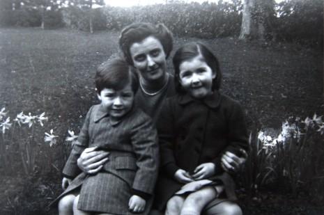 1946 Neil, Anne, Ruth Fleischmann Rochestown