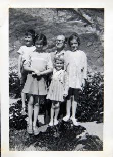 1952 Neil, Ruth, Aloys, Maeve, Anne Fleischmann, Gráig, Dunquin