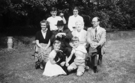 1958 Aloys Fleischmann with wife & parents & Neil, Anne (back), Maeve, Alan Glen House